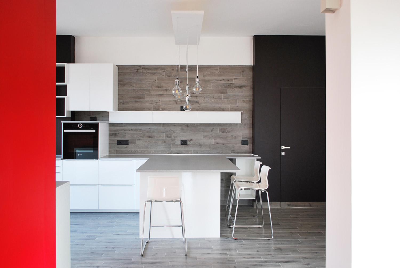 Cucina: contrasti di colore Gabriele Filippi Architetto