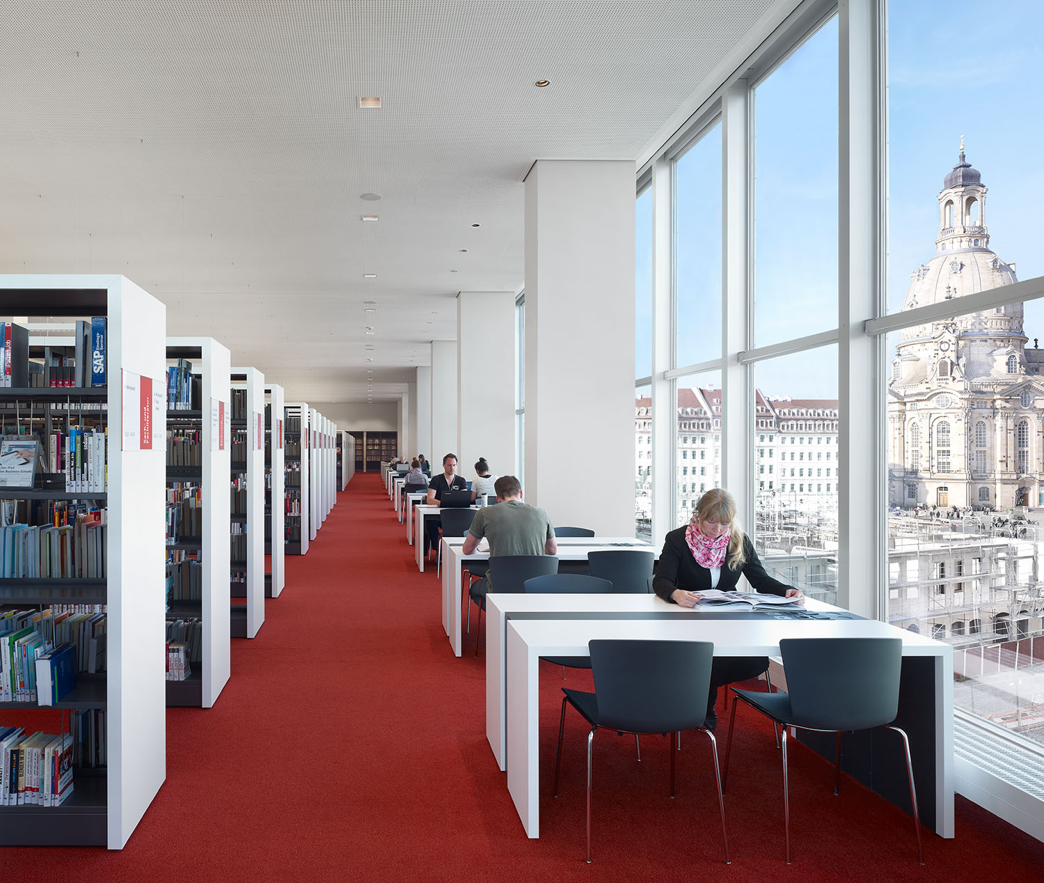 Public library study desks, view on the Frauenkirche (Church of Our Lady) Christian Gahl
