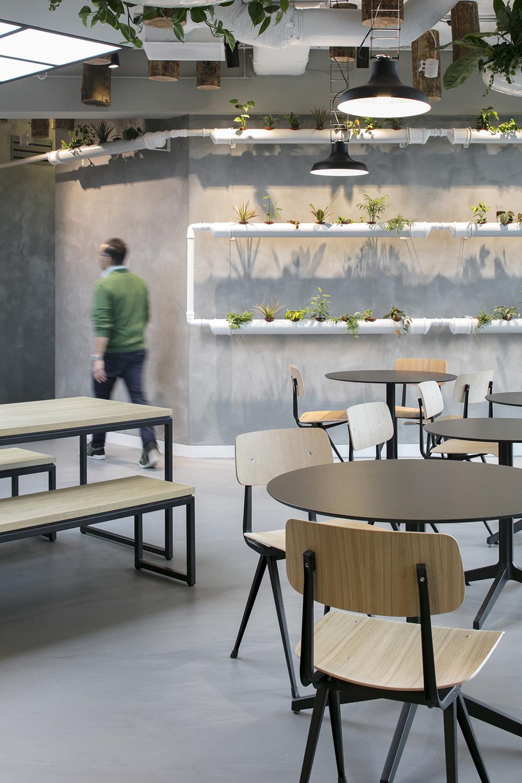 Urban Jungle theme office interior at CIC Rotterdam © Stijn Poelstra | Stijnstijl Fotografie}