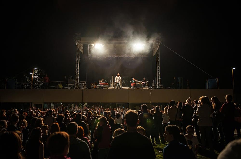 pop concert - © Edita Fric }