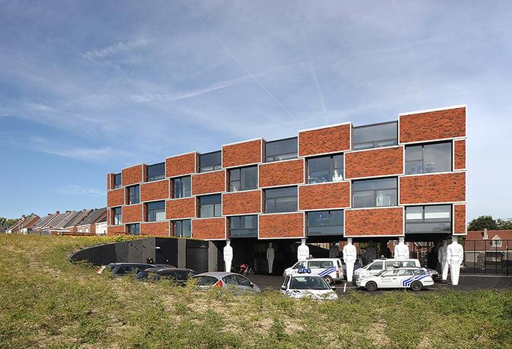 South elevation: landscape, parking, and outdoor patio Filip Dujardin