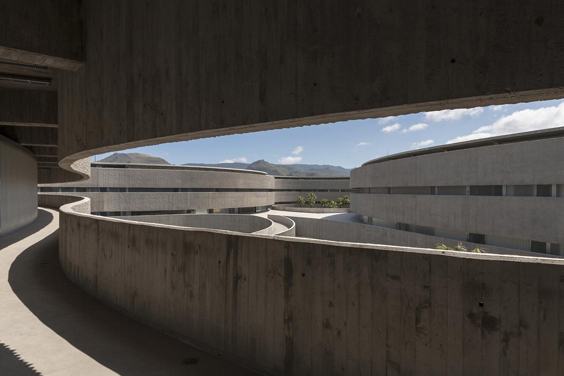 Open corridor, Photographer: José Ramón Oller