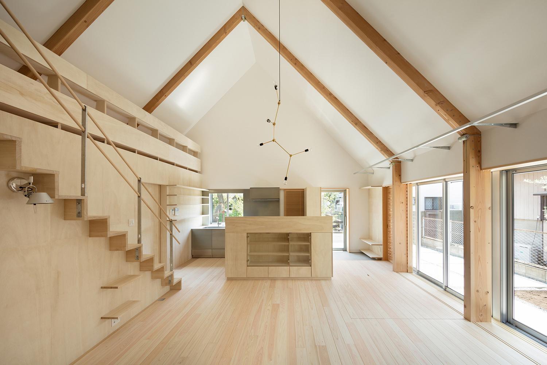main room, liberated large space Takumi Ota