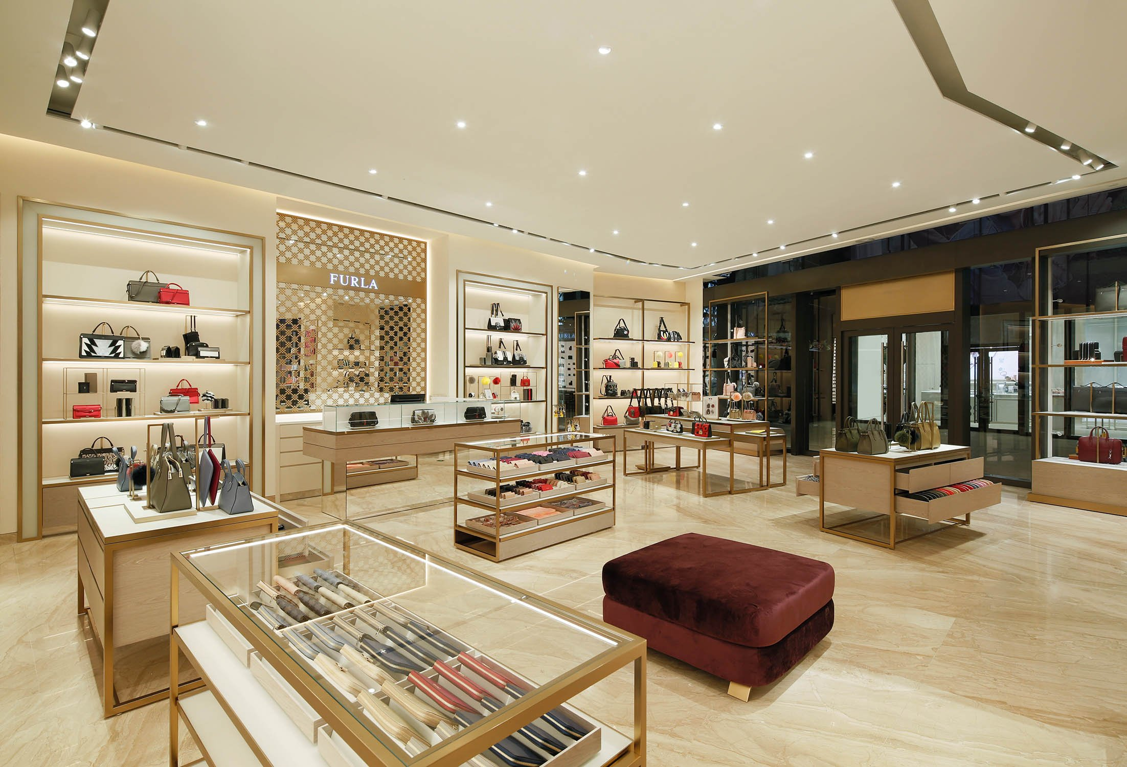 Inside view Furla srl