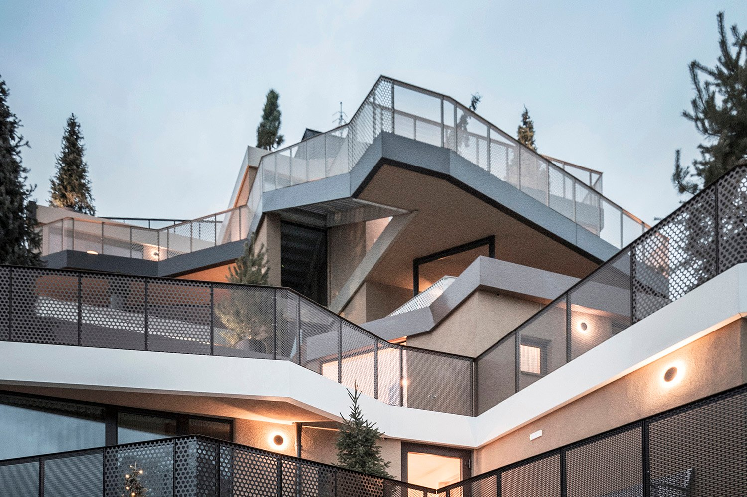 The terraces are merged by vertical elements in the form of stairs and ramps Alex Filz