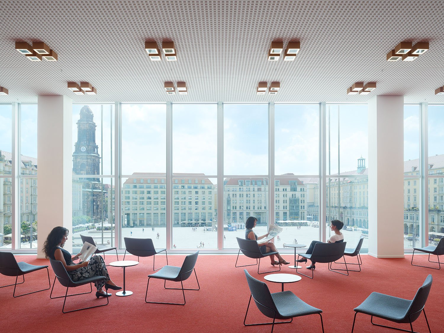 Library foyer with reading lounge on the 3rd floor, view to the Neumarkt Christian Gahl