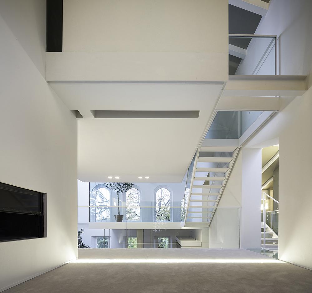Sala proiezioni - vista verso la balconata  Filippo Poli