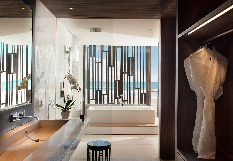 Beach Suite-Bathroom