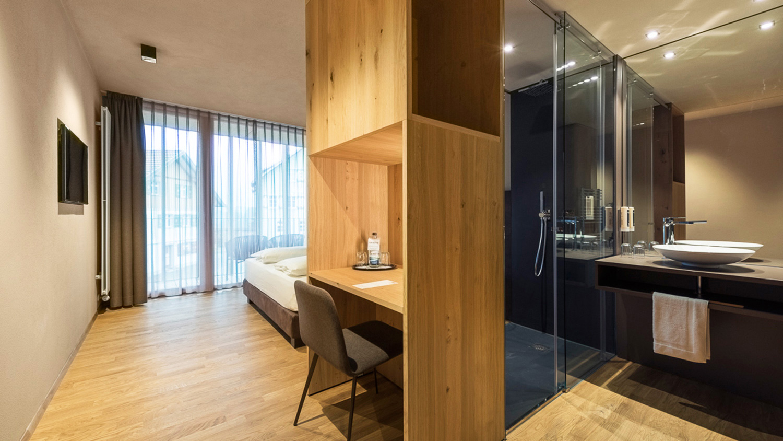 bedroom with bathroom markus tauber architectura