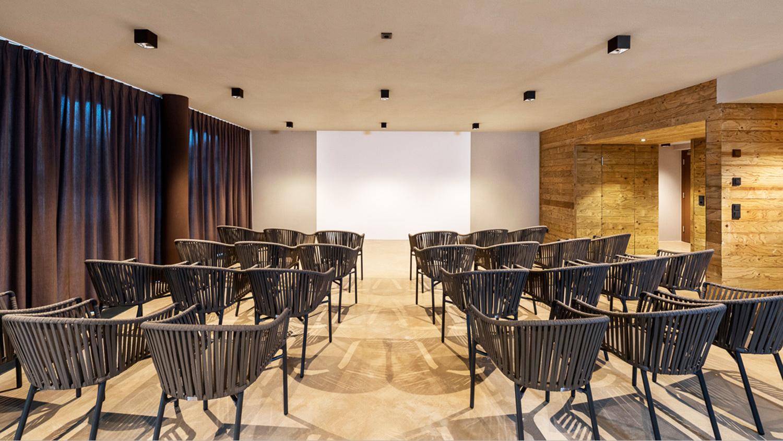 convention room markus tauber architectura