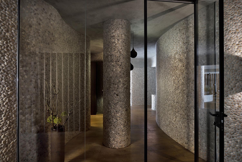 wellness plesnik 10 hallway & entrance Miran Kambič