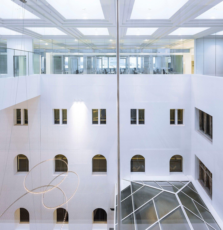 Upper floor with offices Sebastian van Damme