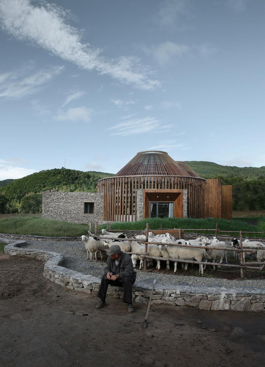 Shepherd and architecture Su Shengliang