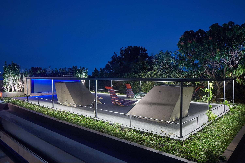 Roof garden – zenithal openings Pedro Kok