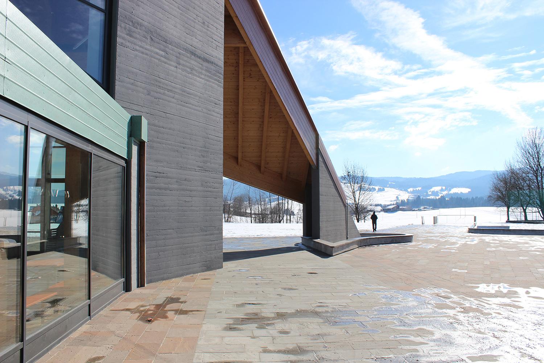 Edificio polivalente e parco urbano - Canove - vista verso il belvedere Nadia Basso