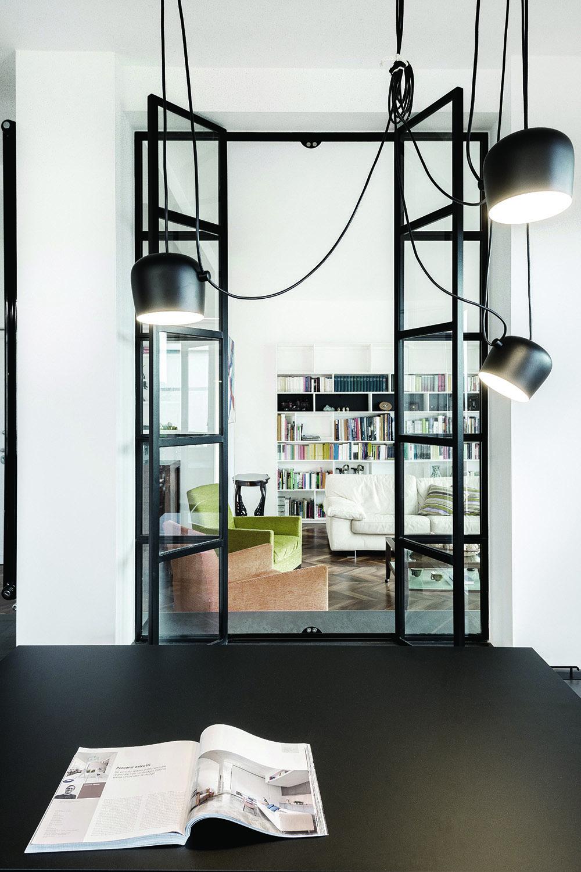 il soggiorno attraverso la vetrata Paolo Callarà