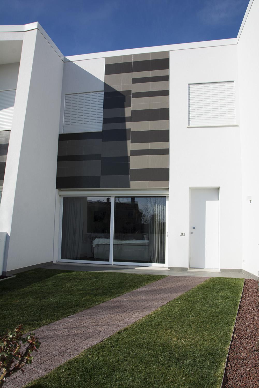"""View of one """"M"""" size unit facade Andrea Sparzani architetto"""