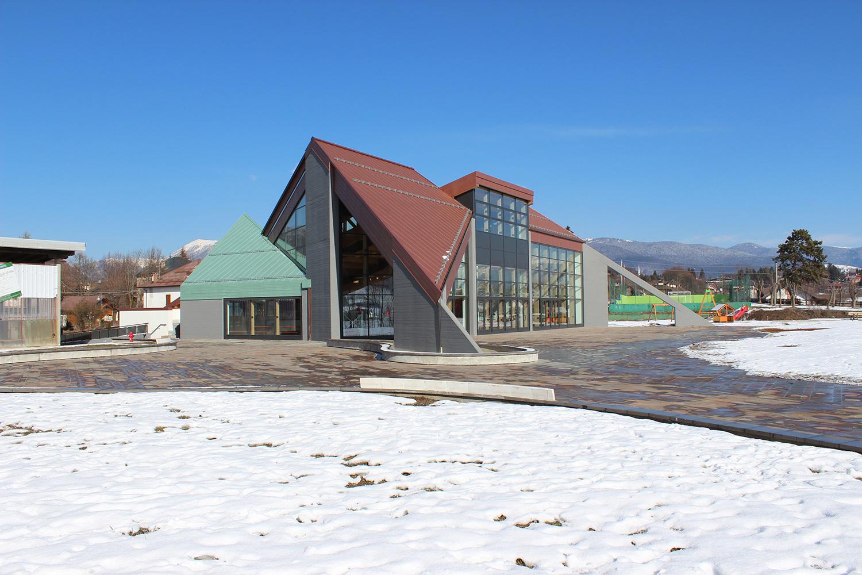 Edificio polivalente e parco urbano - Canove - vista sud-est Nadia Basso