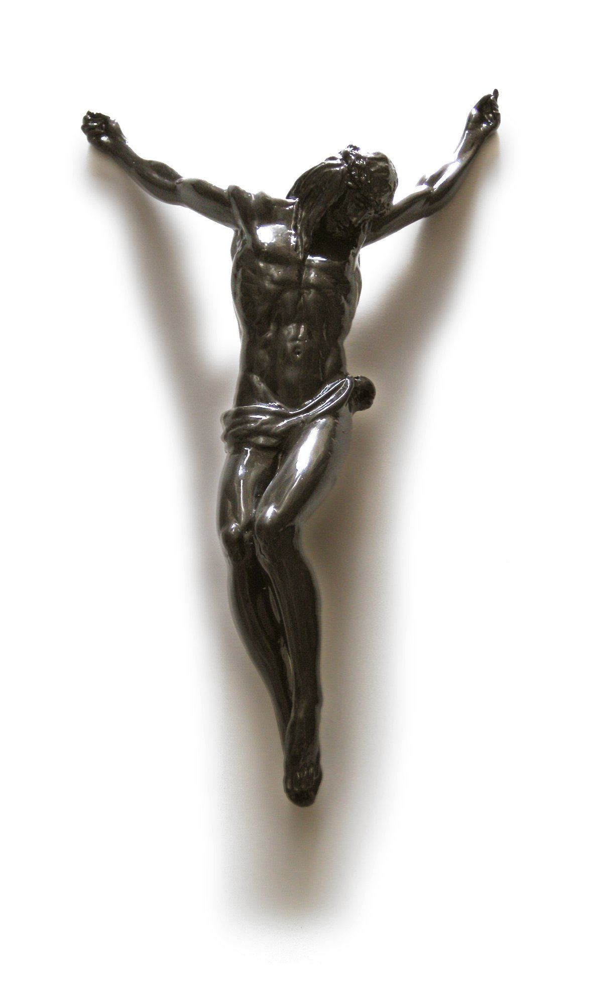 Il Crocifisso: bozzetto dell'artista Nino Longobardi }