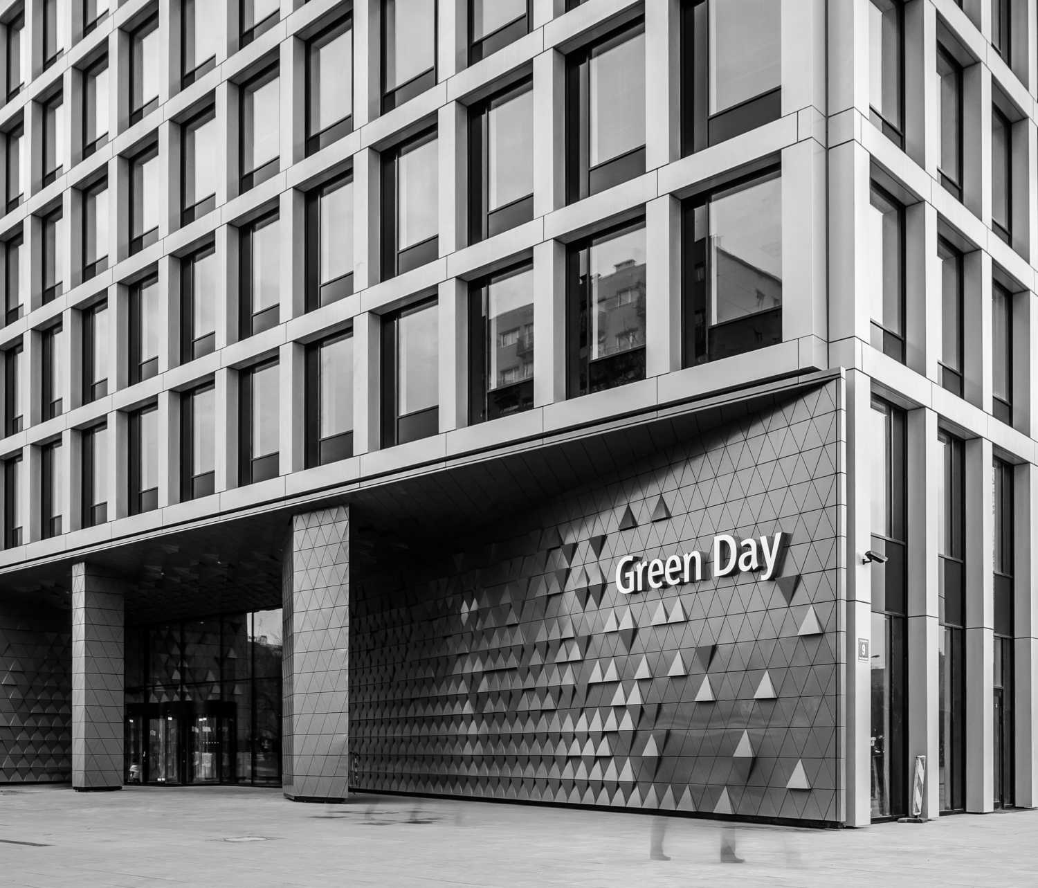 GREEN DAY & GREEN2DAY OFFICE AND RETAIL BUILDINGS Maciej Lulko