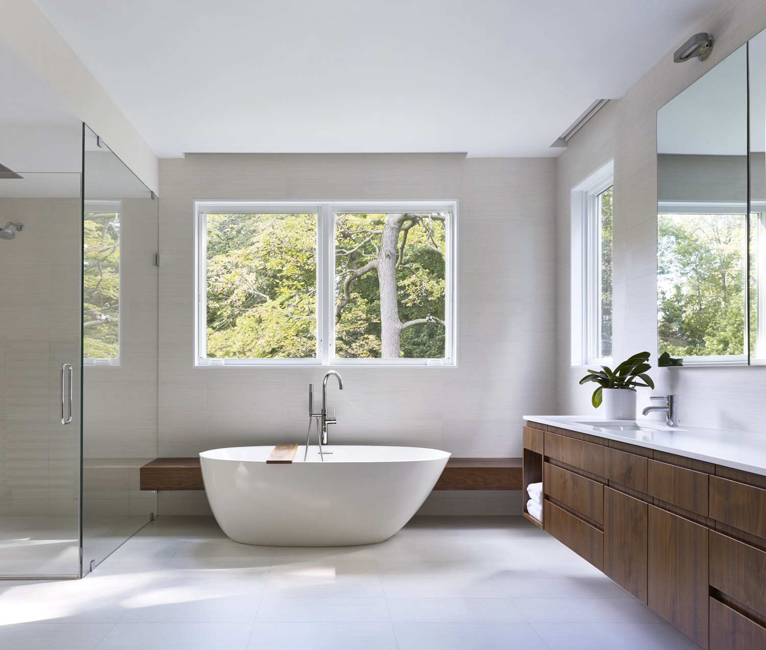 Master Bathroom SPG Architects}