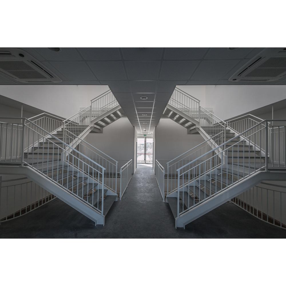 interni: vista scale interne 1