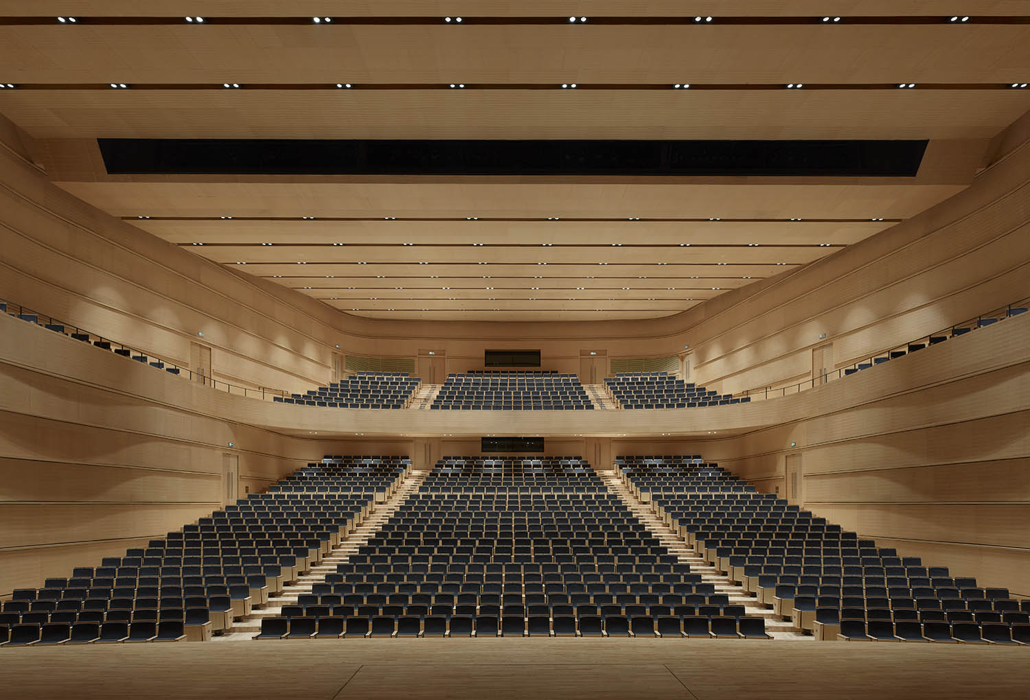 Concert hall with 1200 seats © Christian Gahl / gmp Architects
