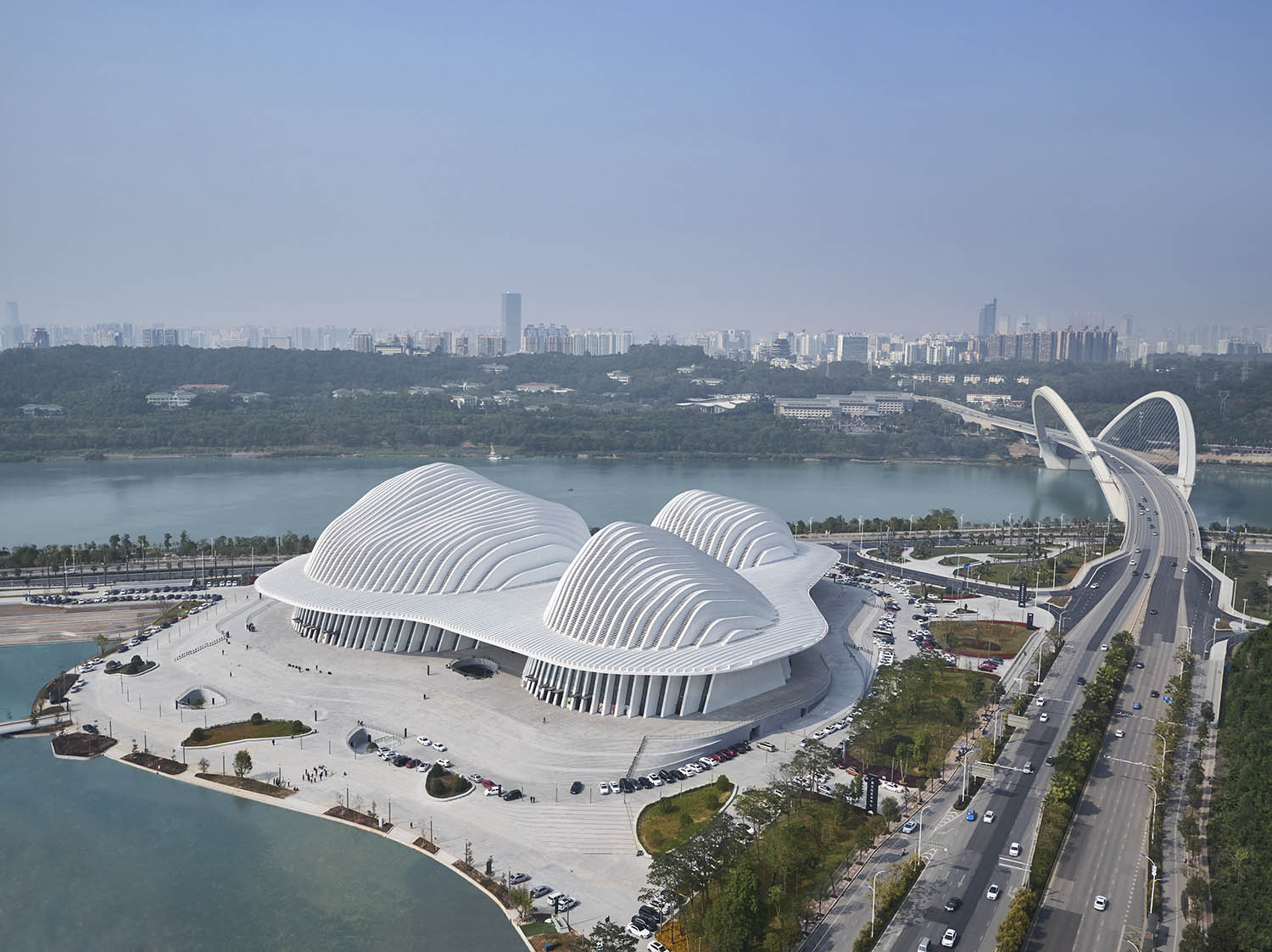 In context of Nanning skyline © Christian Gahl / gmp Architects