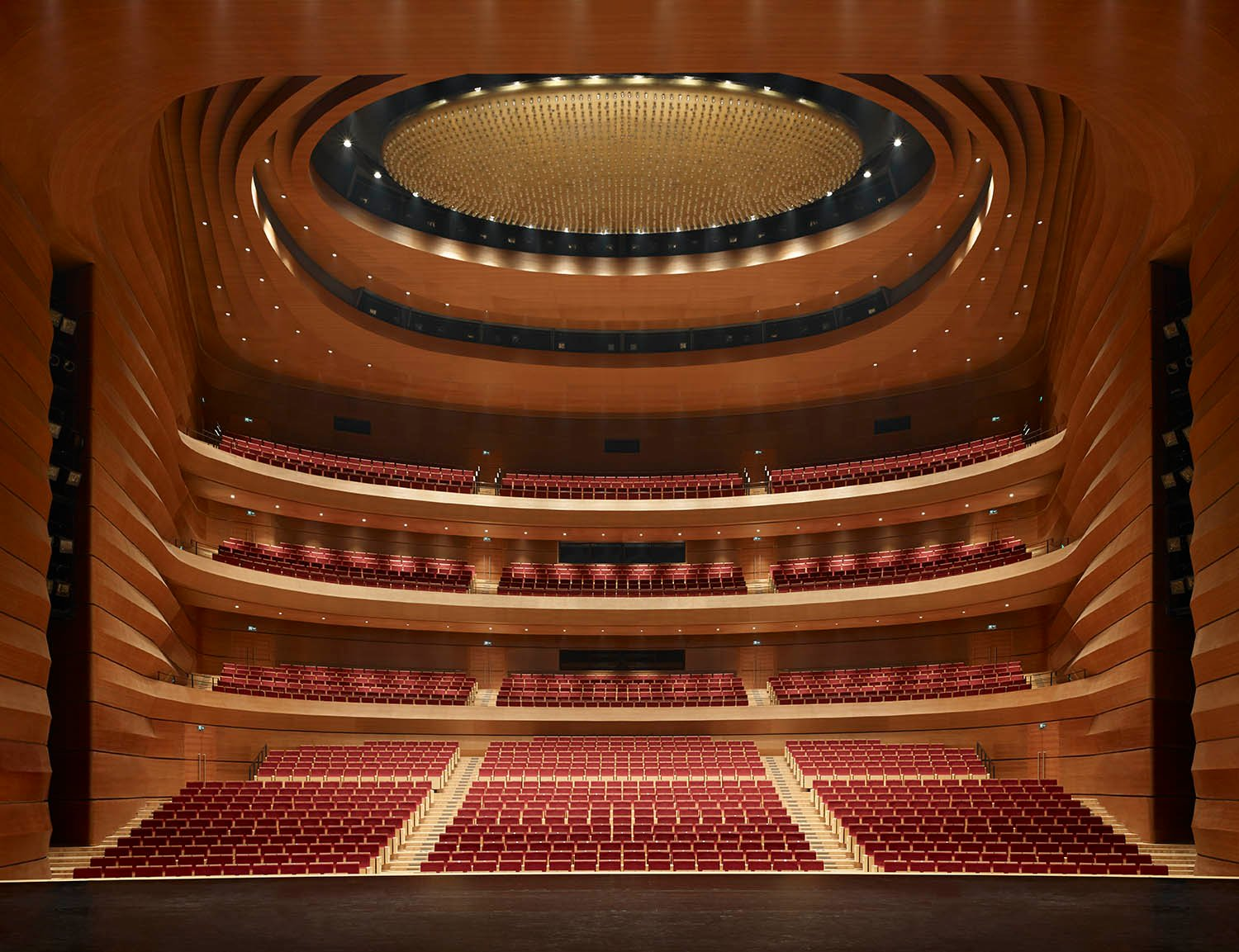 Opera house with 1800 seats © Christian Gahl / gmp Architects