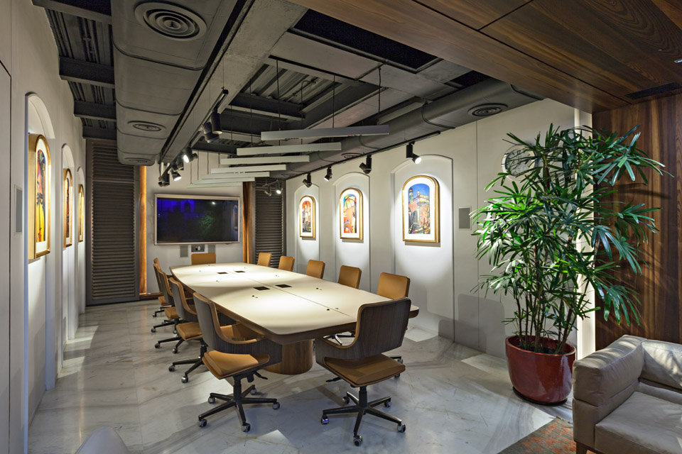 Architectural element from the facade has been used inside the board room,an amalgamation of the two styles along with the essence of art being carried forward