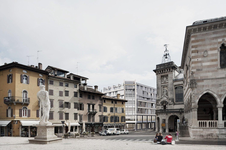 Vista da Piazza Libertà Archest