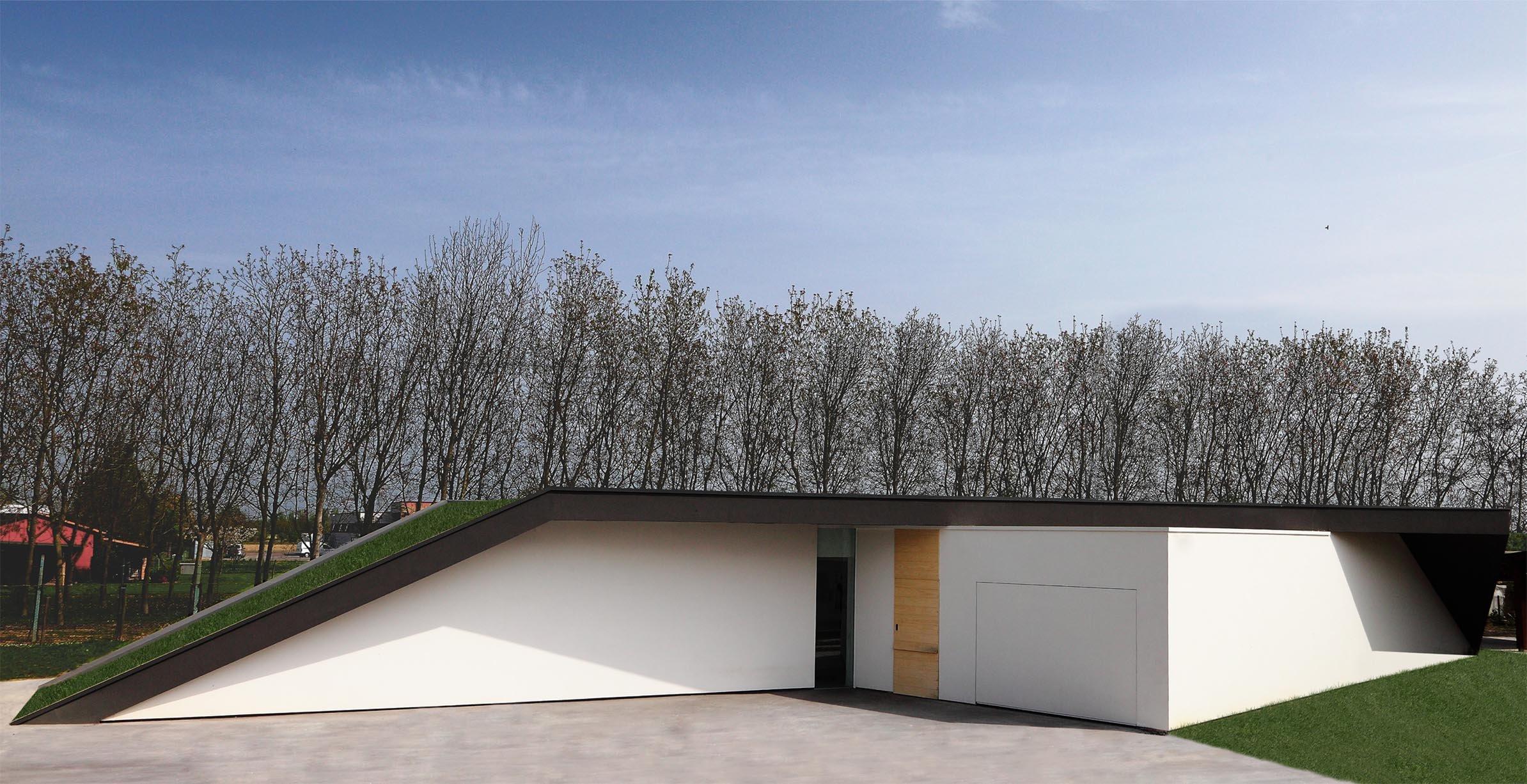 External view_main facade