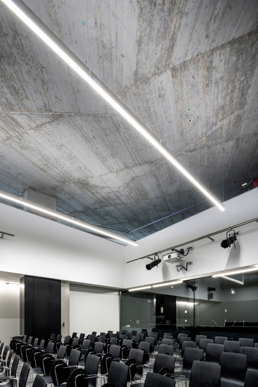 multi-purpose room Jesús Granada