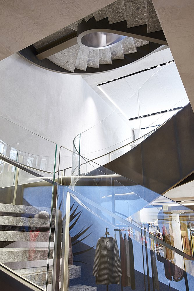 staircase_emblematic view