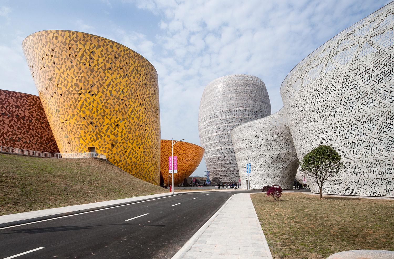 Veduta generale del complesso Museo, hotel e area industriale