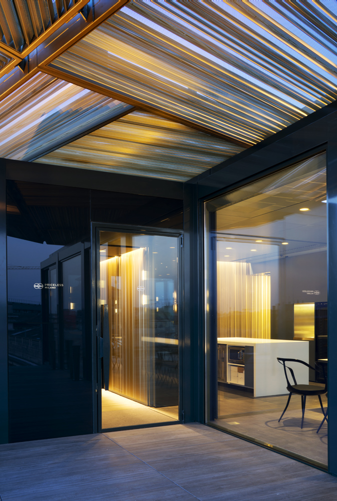 Priceless, vista ingresso dalla terrazza_1