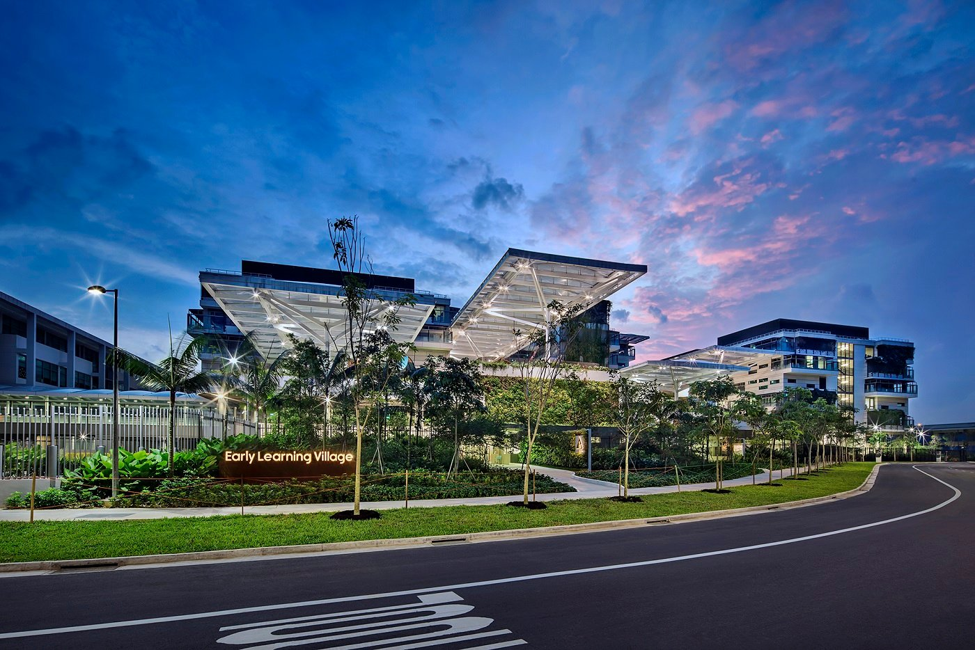 Arrival at Chuan Lane  Bogle Architects - Infinitude