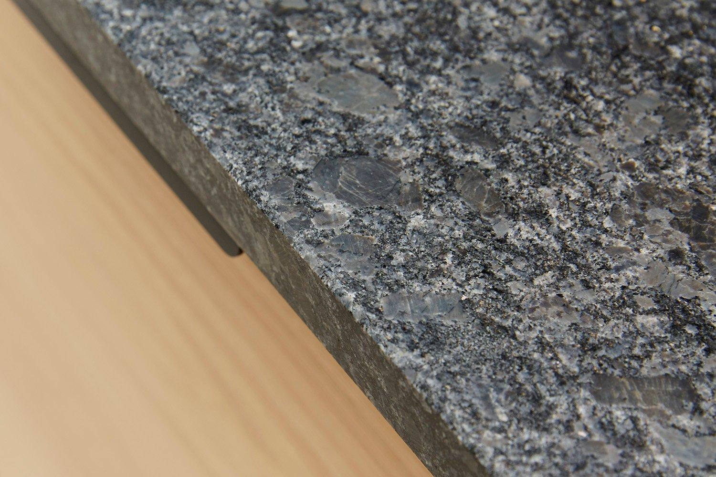 Granite Sara Lynd