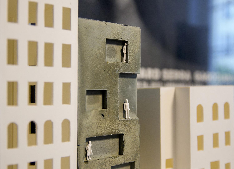 Concrete model 2 }