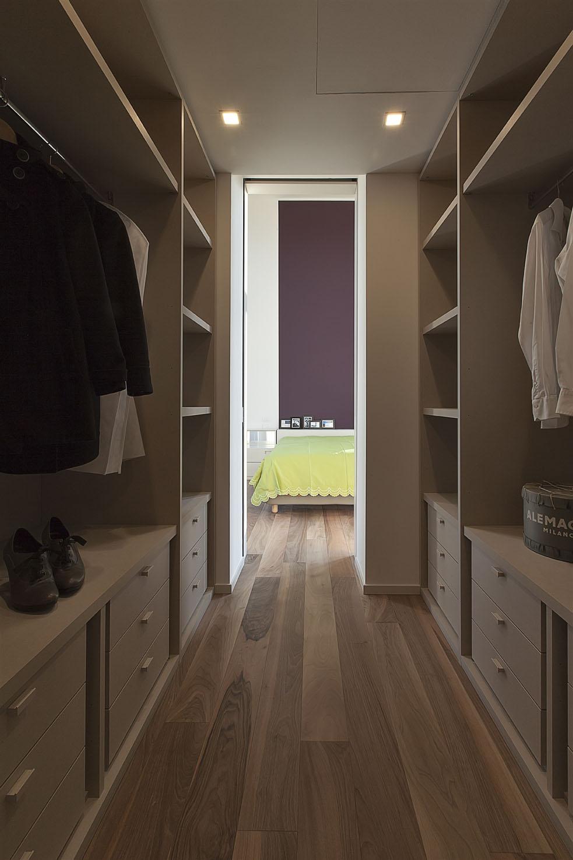 walk-in closet and bedroom