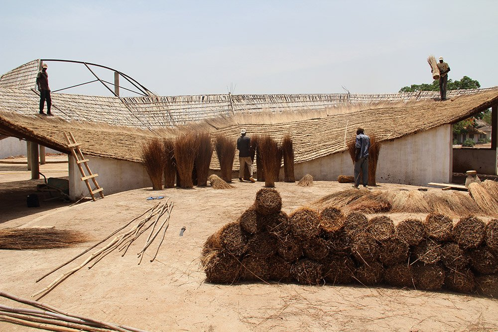 Construction image: bamboo roof woven and laid }