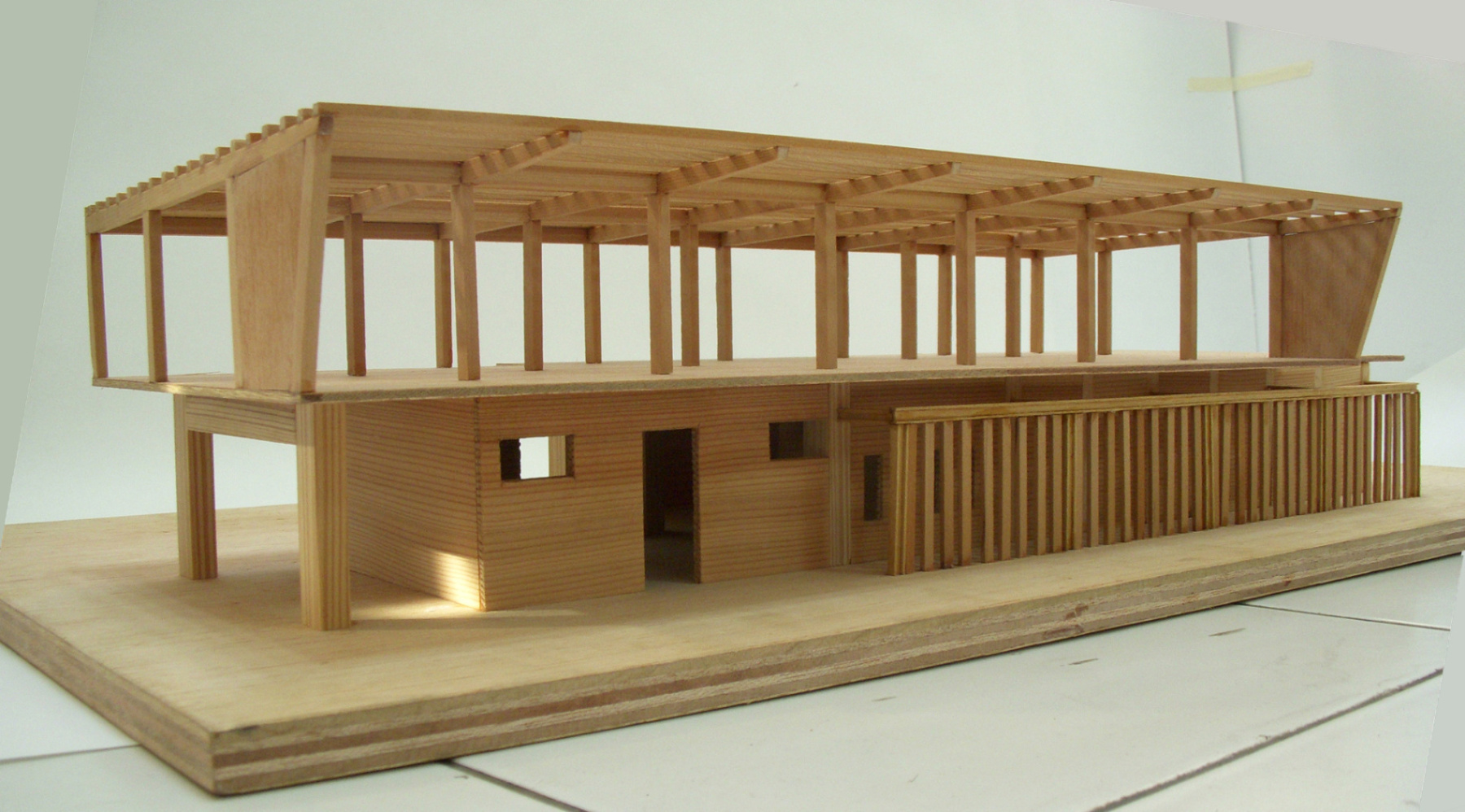 Wood and RC structure model of resident area }