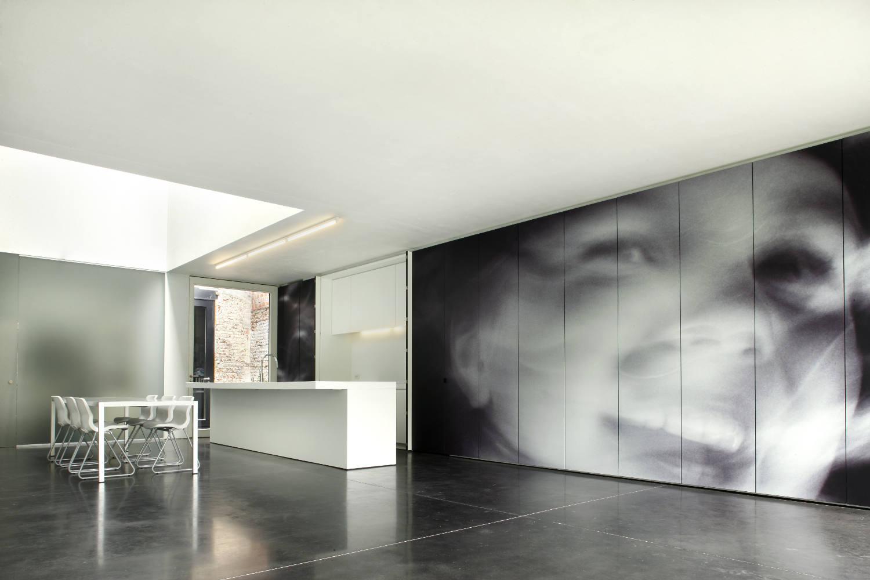 The wall as a multifunctional space  Het Laatste Nieuws