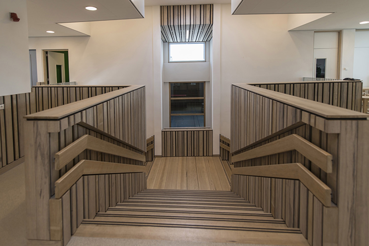 Wood staircase first floor direction ground floor  Daan Dijkmeijer and UArchitects