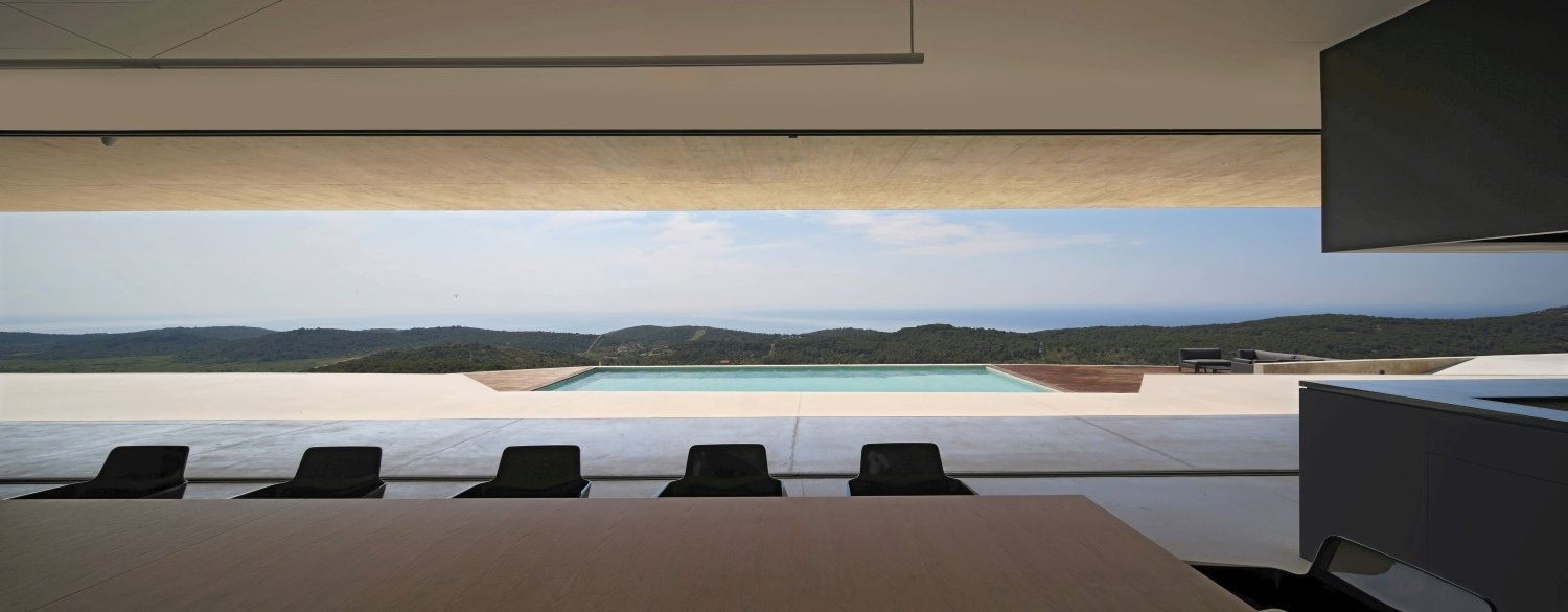 Dining area with sea and pool view Damir Fabijanic