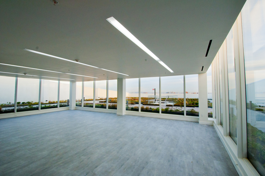 Party Room with Roof Garden View Jin Chen