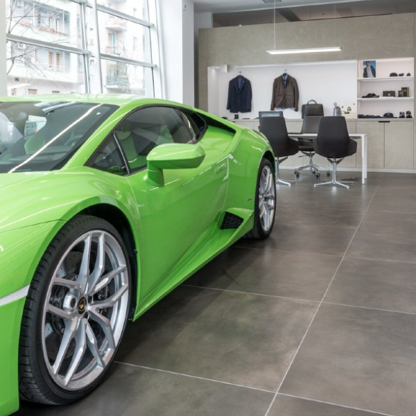 Automobili Lamborghini - Milano Showroom