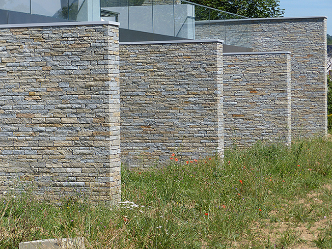 Stone garden division
