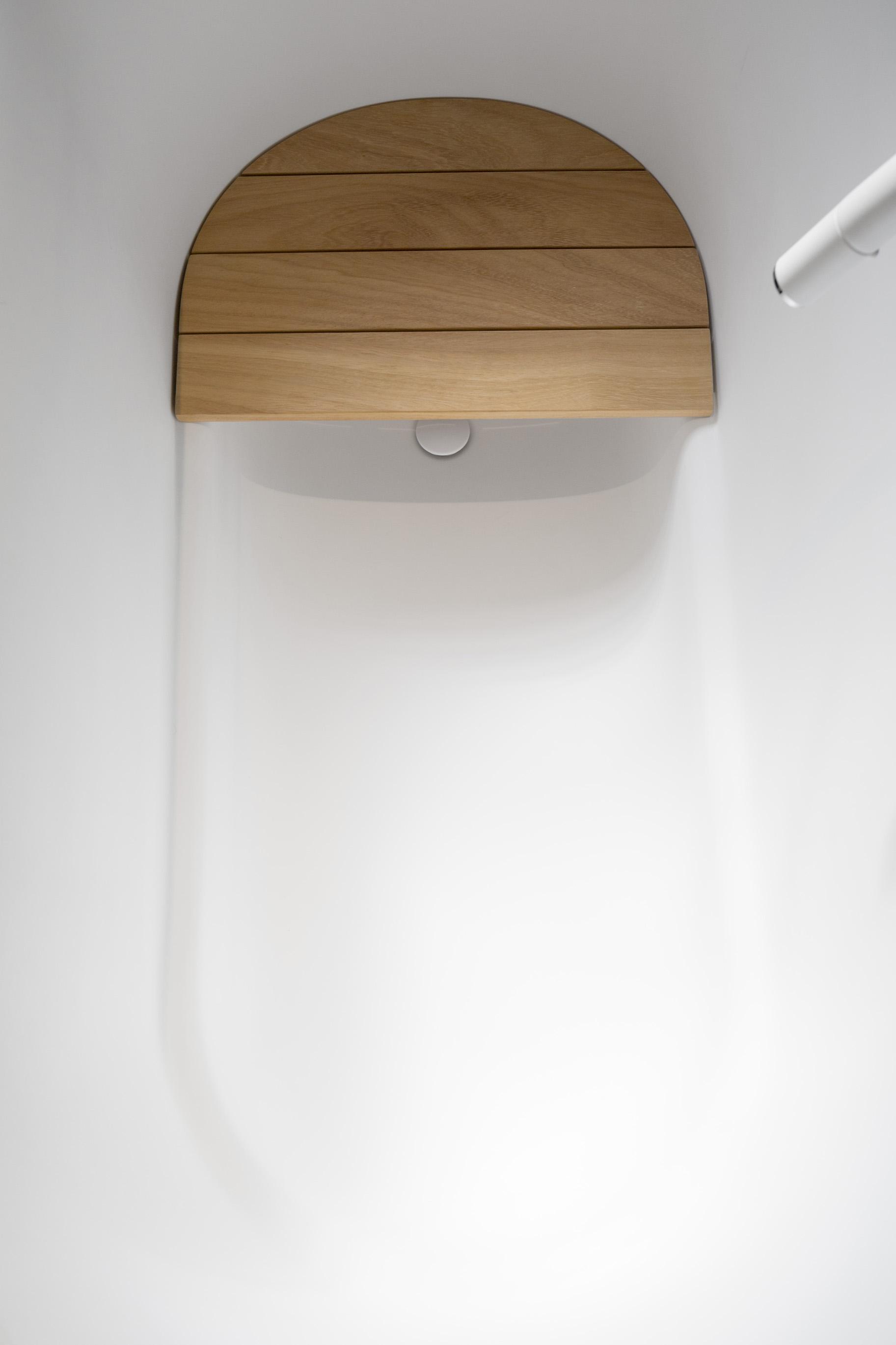 Immersion Bathtub Pedro Pegenaute