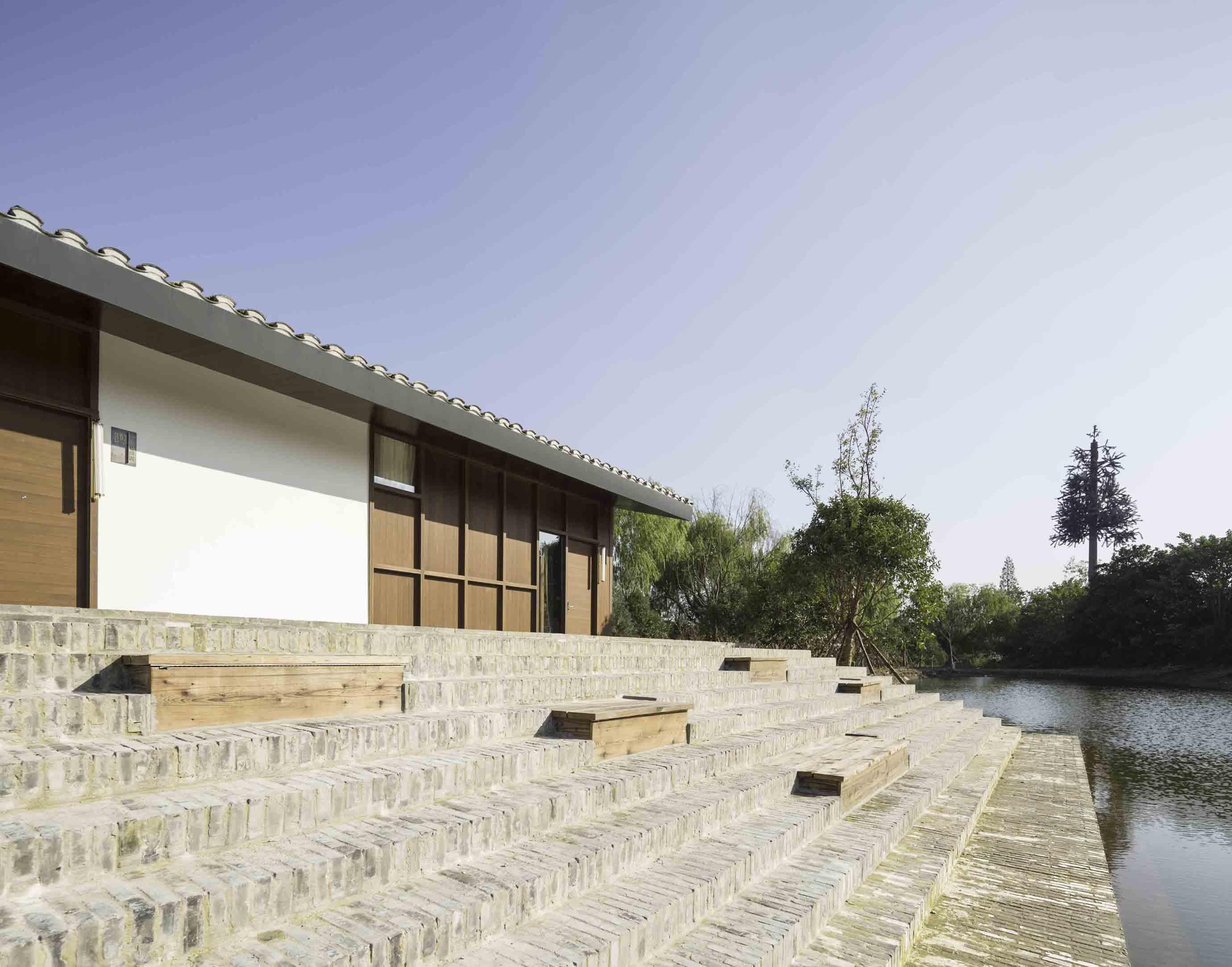The Walled - Tsingpu Yangzhou Retreat  Pedro Pegenaute}